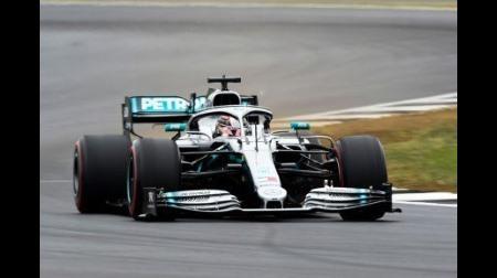 ハミルトン、イギリスGPとウィンブルドンやクリケットの日程バッティングに納得できず