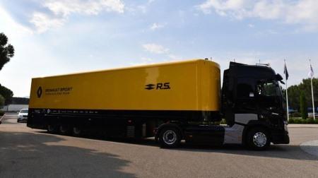 ルノーF1、トラック事故による運送機器への損傷はなし