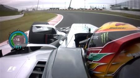 鈴鹿サーキットの130Rが最も人気のある左コーナーに