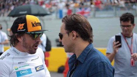 F1チャンピオン経験者アロンソはレーシングドライバーとして大成功の部類