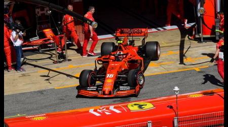 フェラーリがルクレールのドライブでピレリ18インチタイヤをテスト