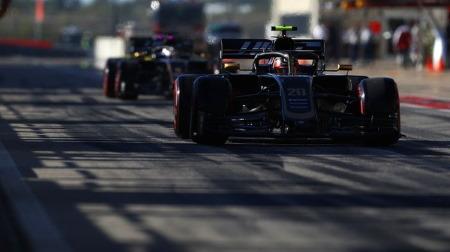 F1マシンのシルエット当てクイズ