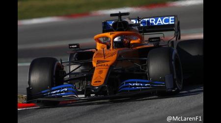 サインツ、マクラーレンがレーシングポイントを追う立場と分析