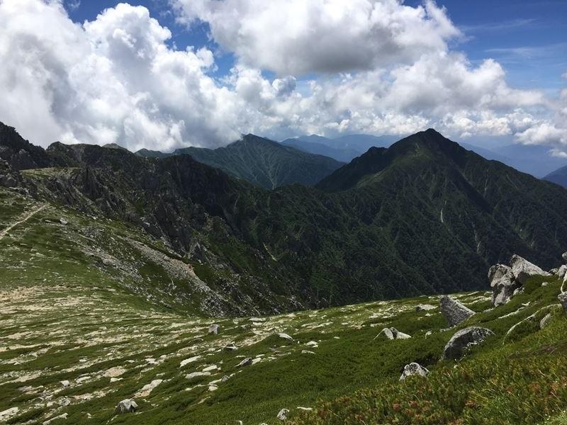 木曾駒ヶ岳山頂からの眺め