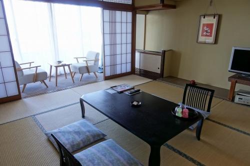 ホテル三楽荘 (3)