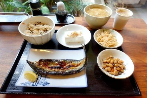 定食酒場食堂 大阪4号店 ゆくる (1)