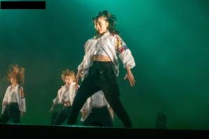 ピーチピチダンス01
