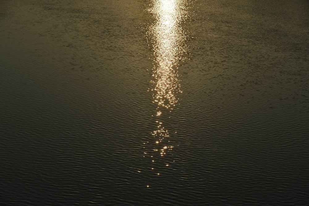 河の日暮れ-4
