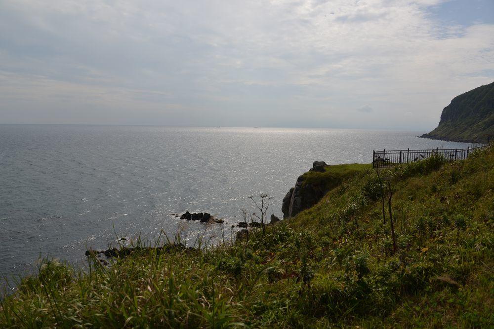 立待岬の岩場-2
