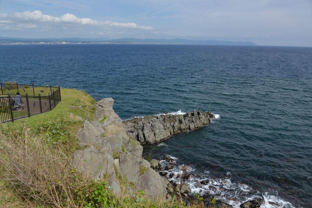 立待岬の岩場-3