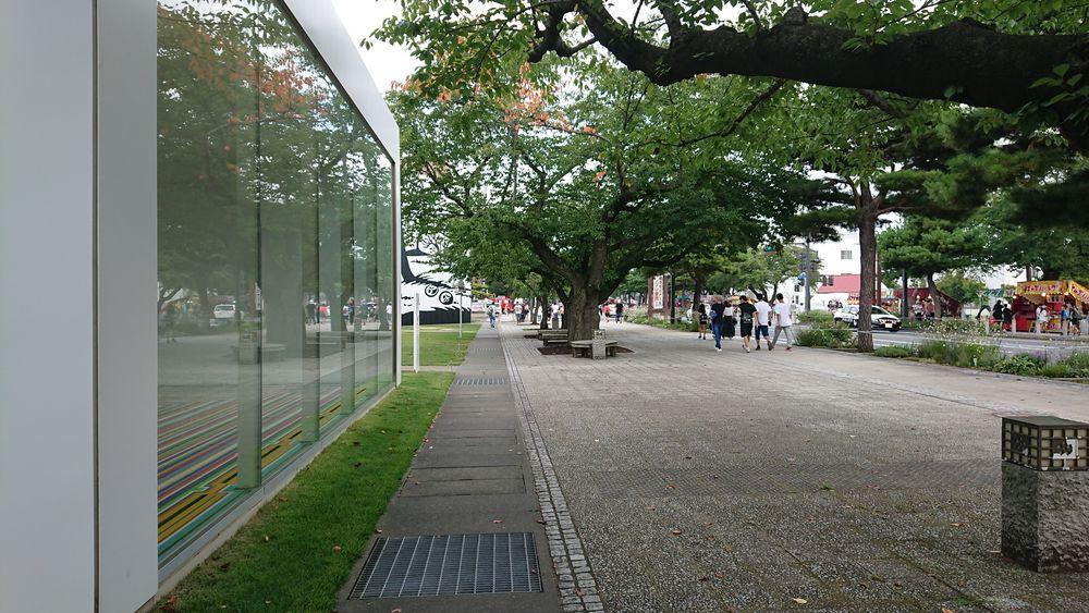 十和田市現代美術館-2