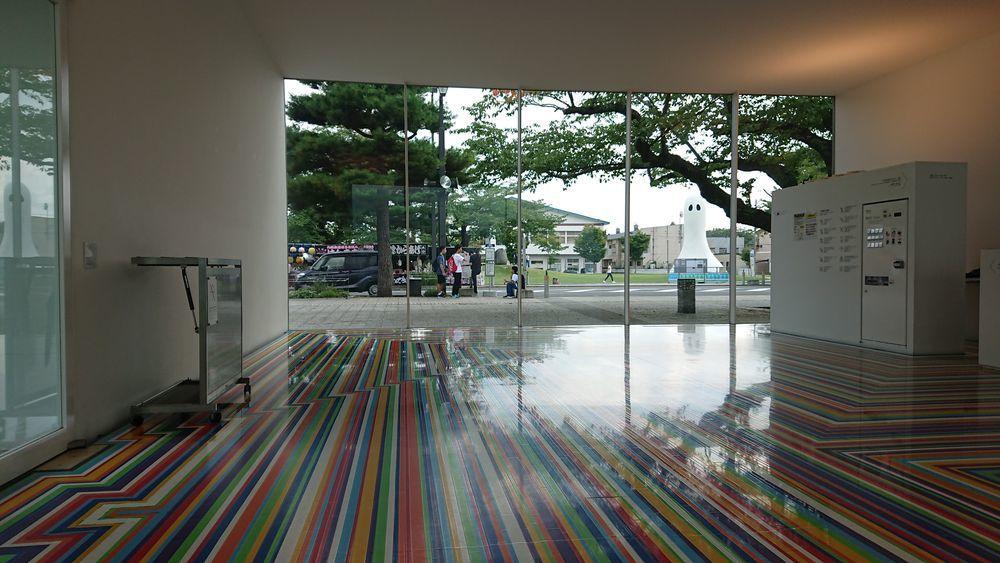 十和田市現代美術館-4