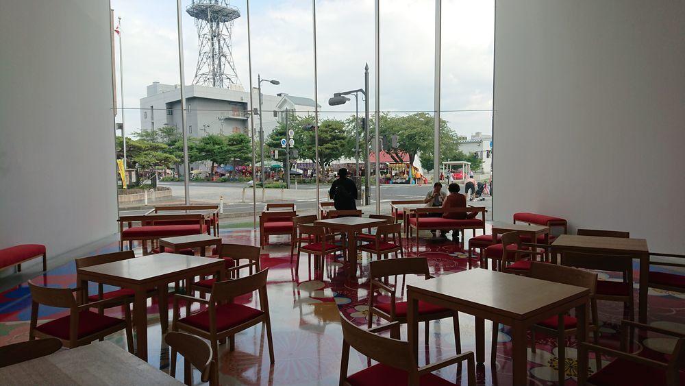 十和田市現代美術館-5