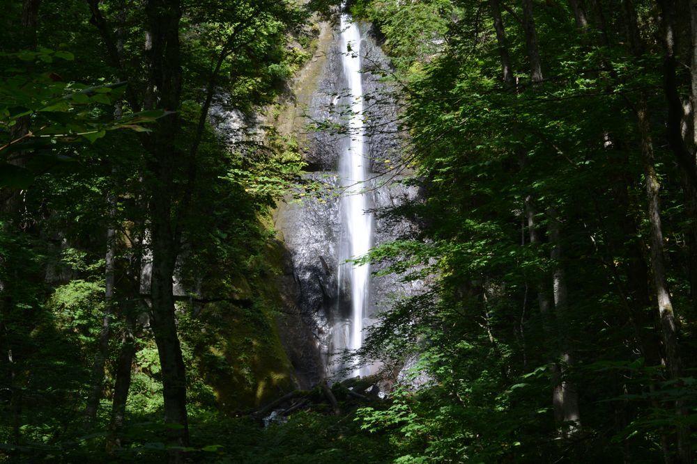 白布の滝へ-3