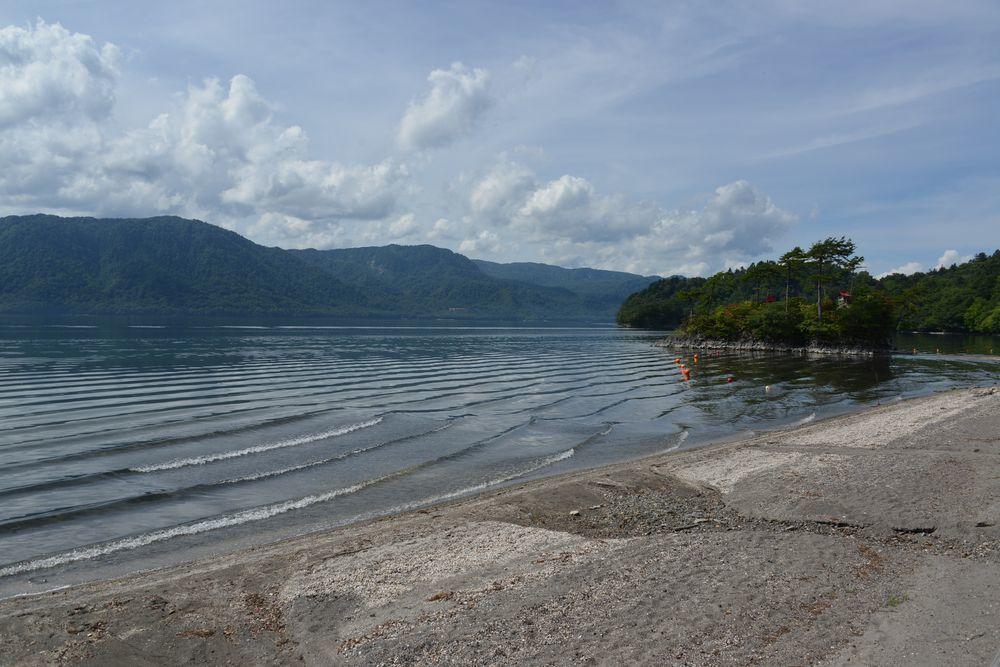 十和田湖 乙女の像-1