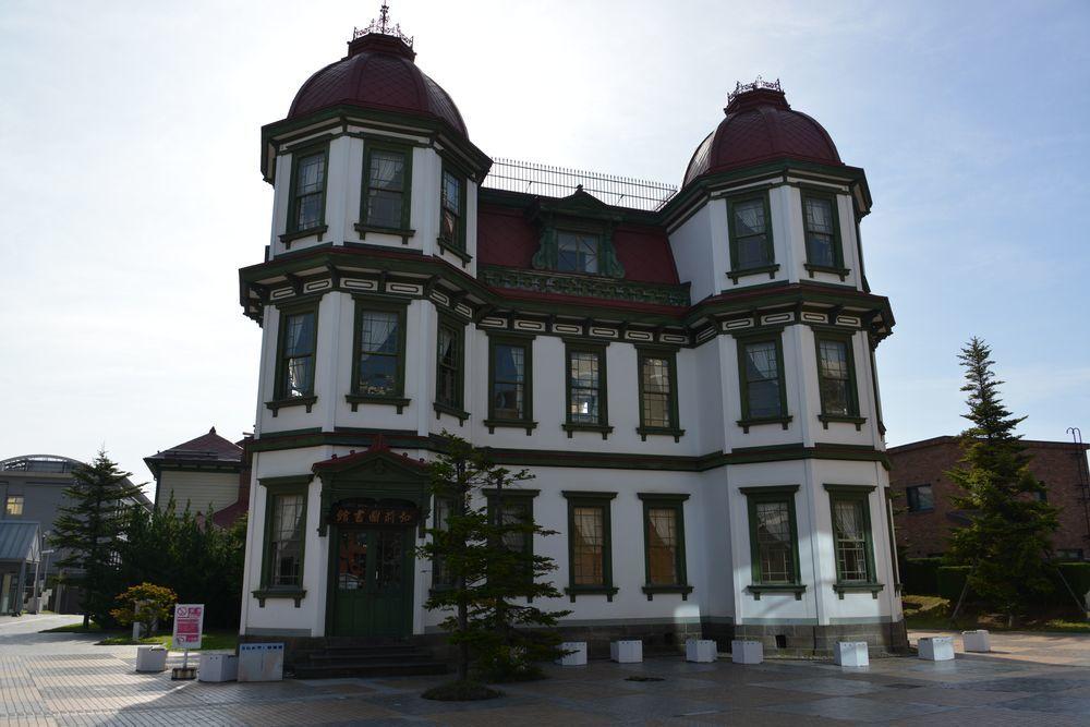 旧弘前図書館-1