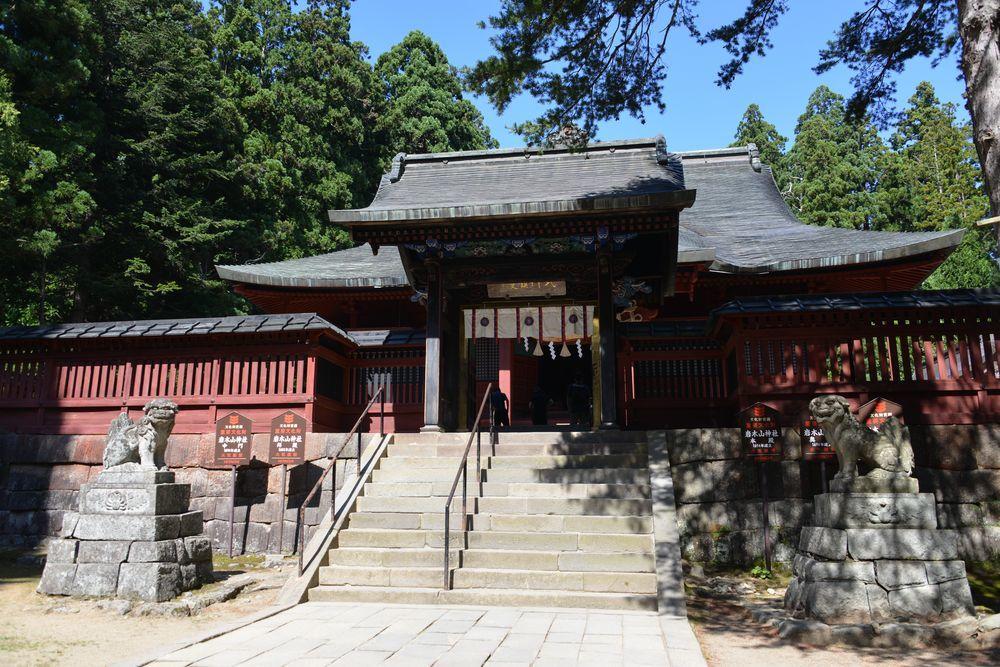 岩木山神社 拝殿-3