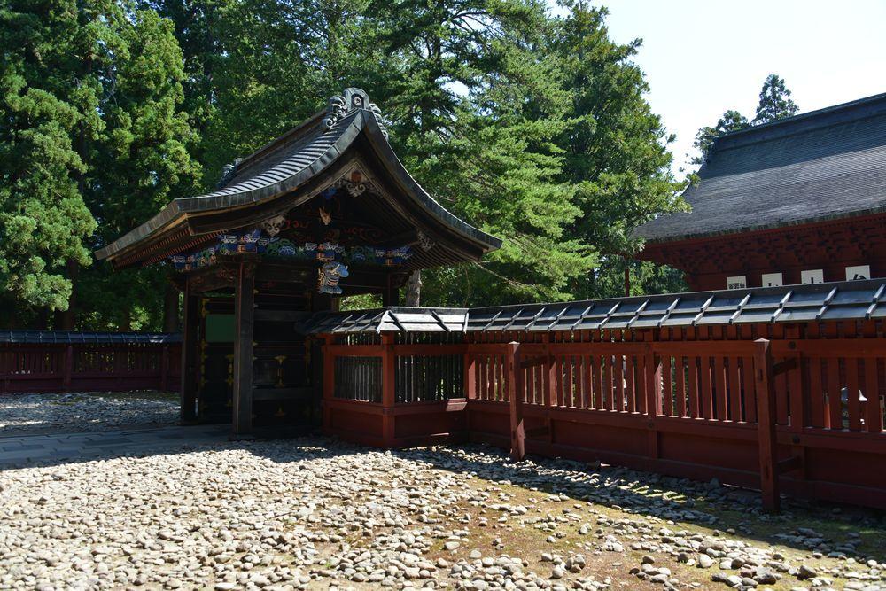 岩木山神社 拝殿-8