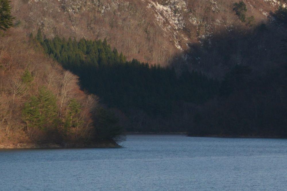 ダム湖-2