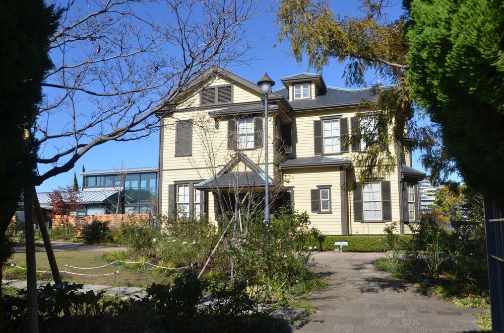外交官の家-2