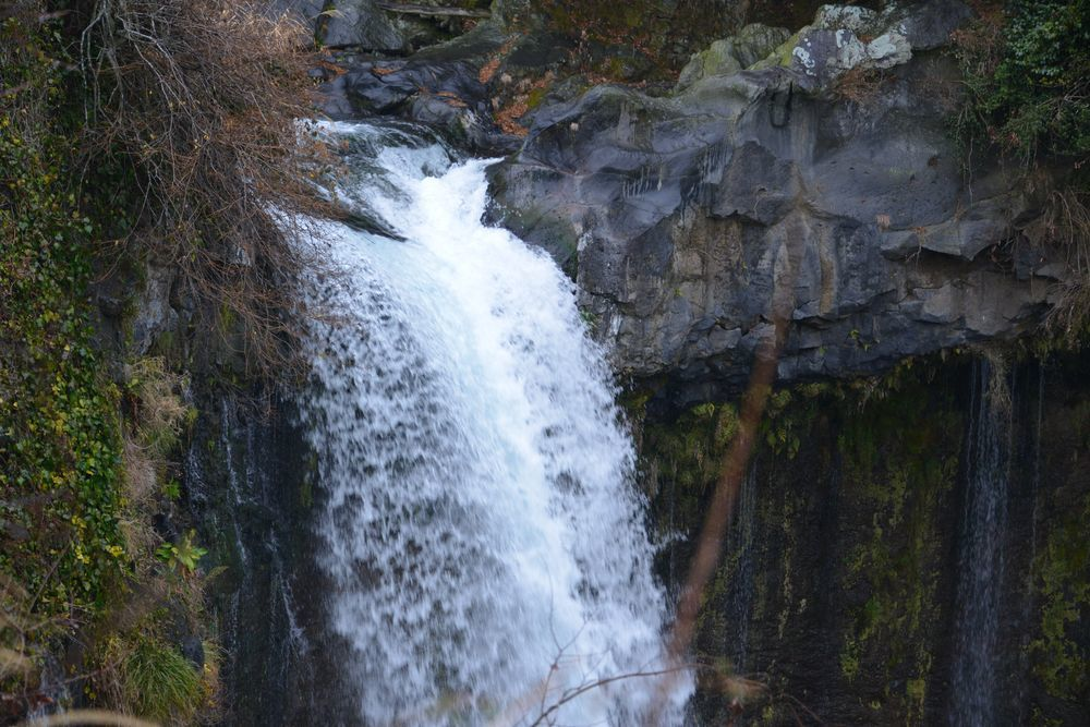 音止めの滝-2