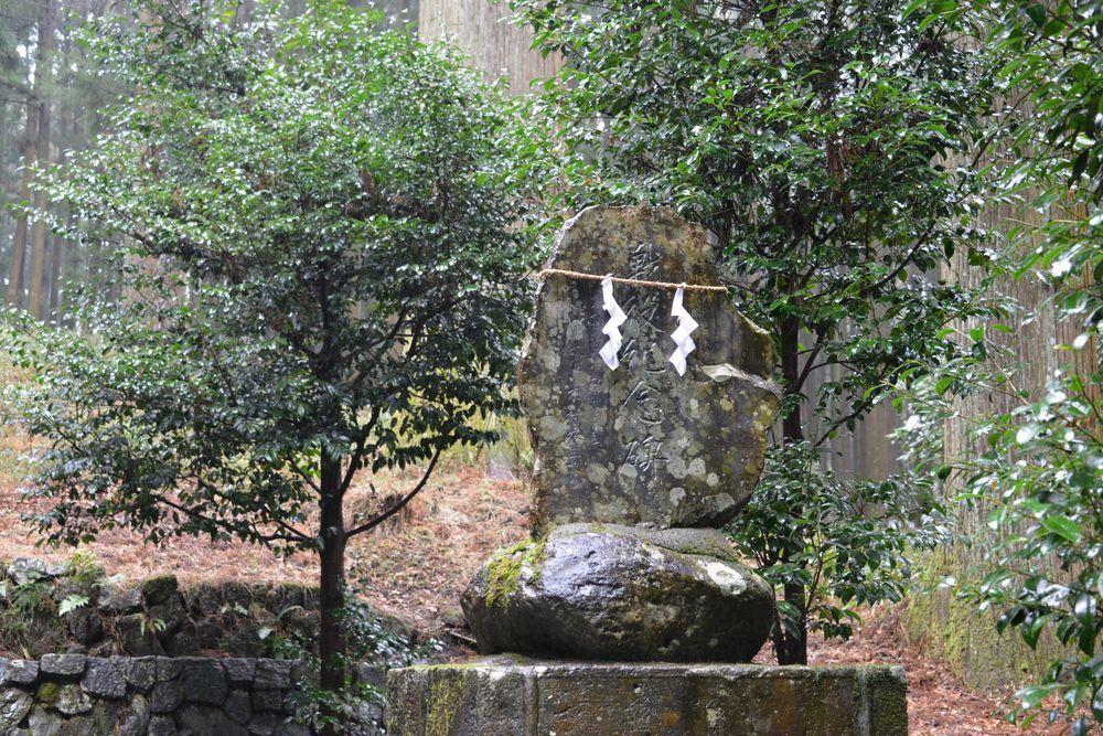 須山浅間神社境内-5