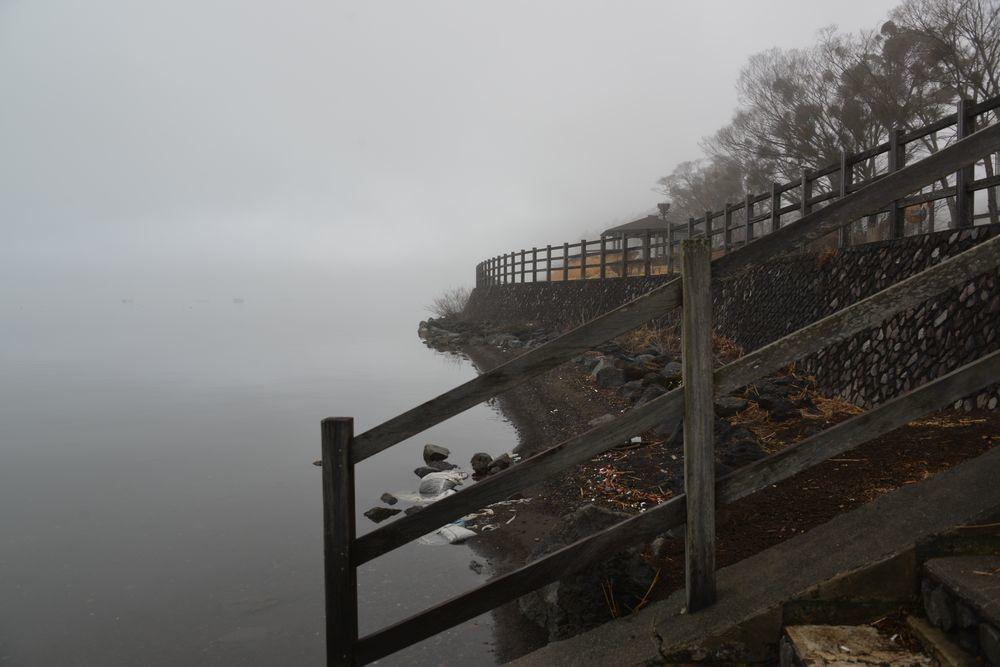 霧の山中湖-4