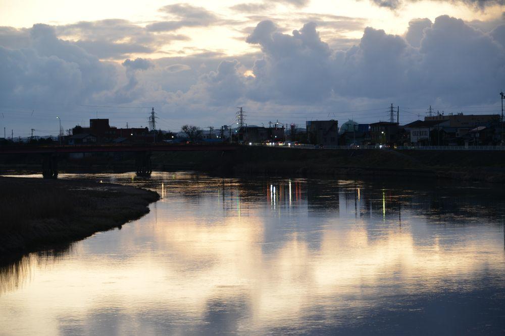 夕暮れの河-5