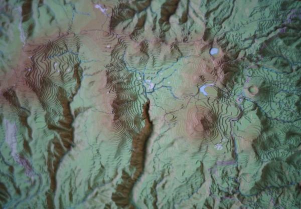 吾妻山立体地図