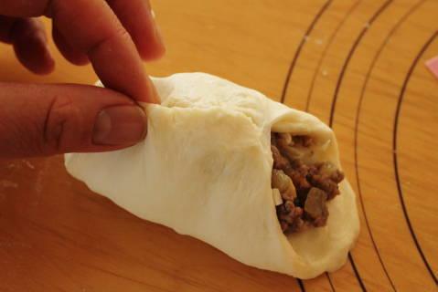 19.05.12ピロシキ風総菜パン5