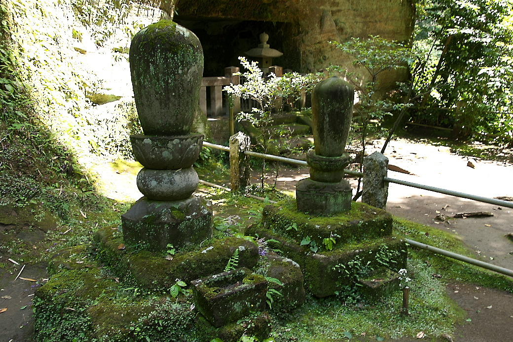 その他の寺関係者の墓_2