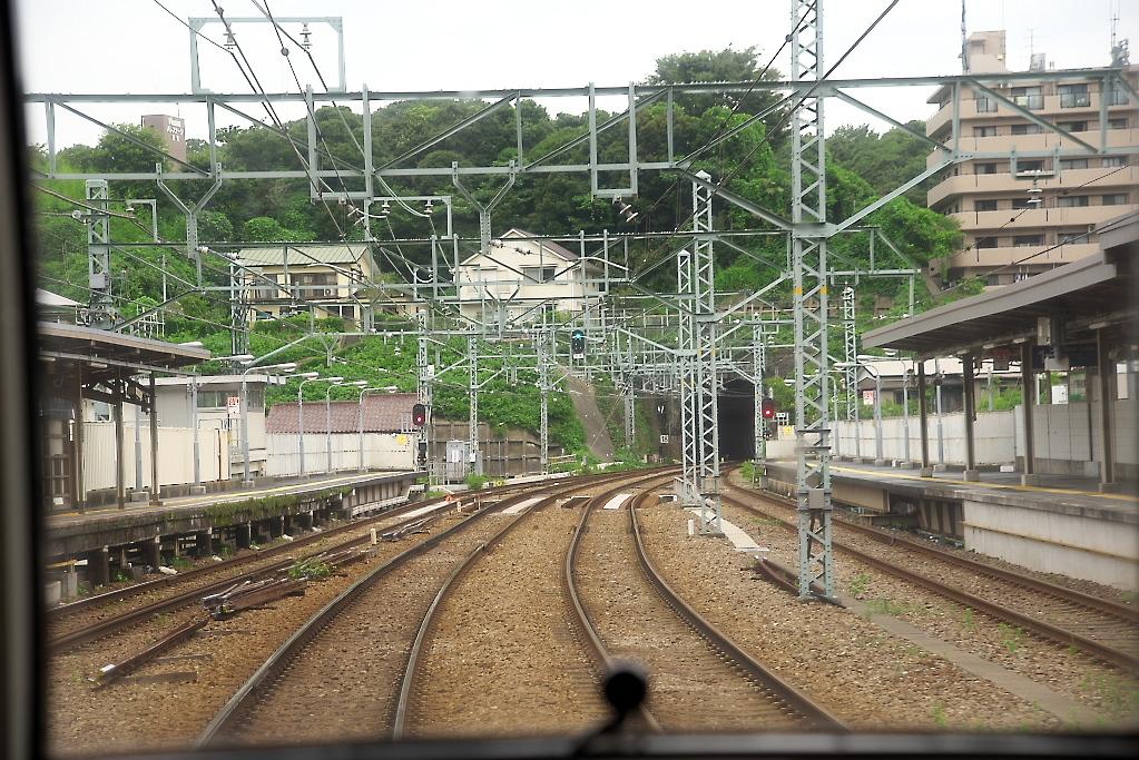 快特(横須賀中央駅~金沢八景駅)_7