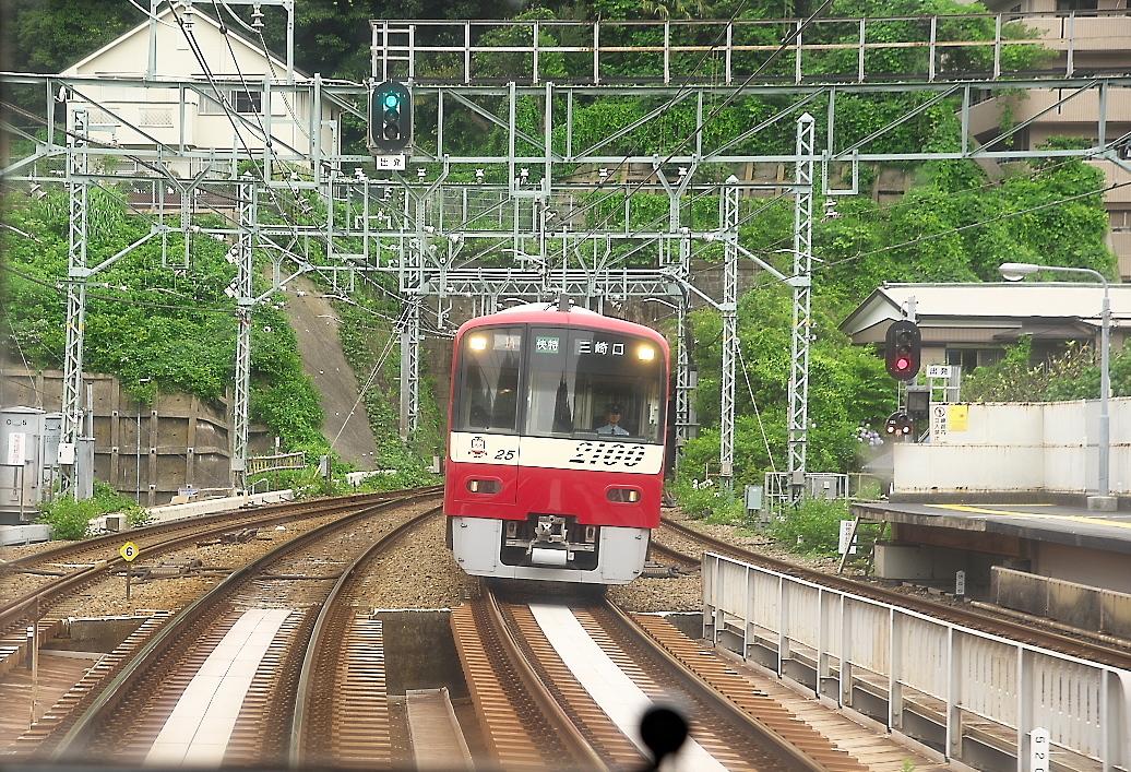 快特(横須賀中央駅~金沢八景駅)_8