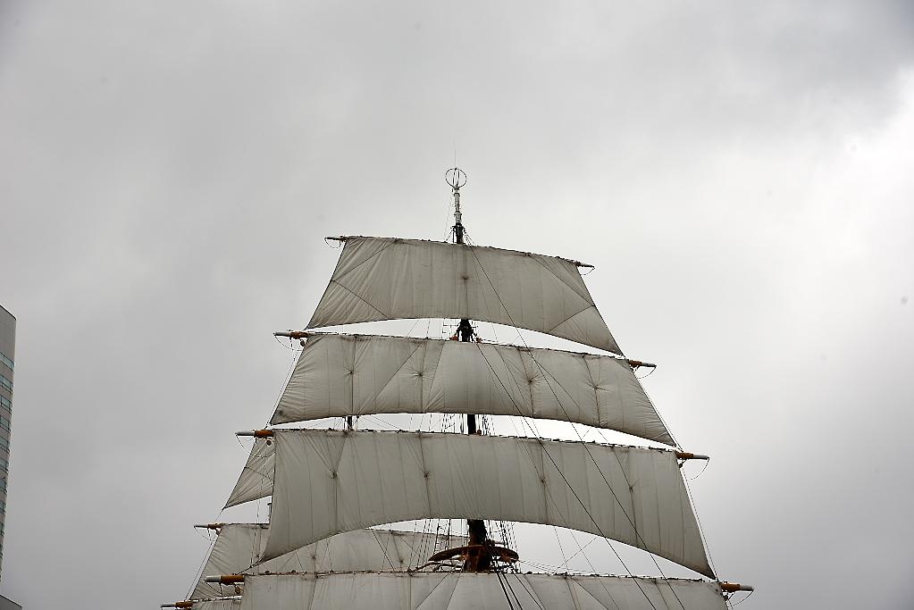 次はてっぺんの帆だ_2