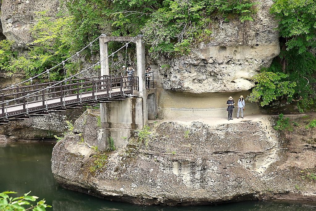 吊橋を渡り切るまで_3
