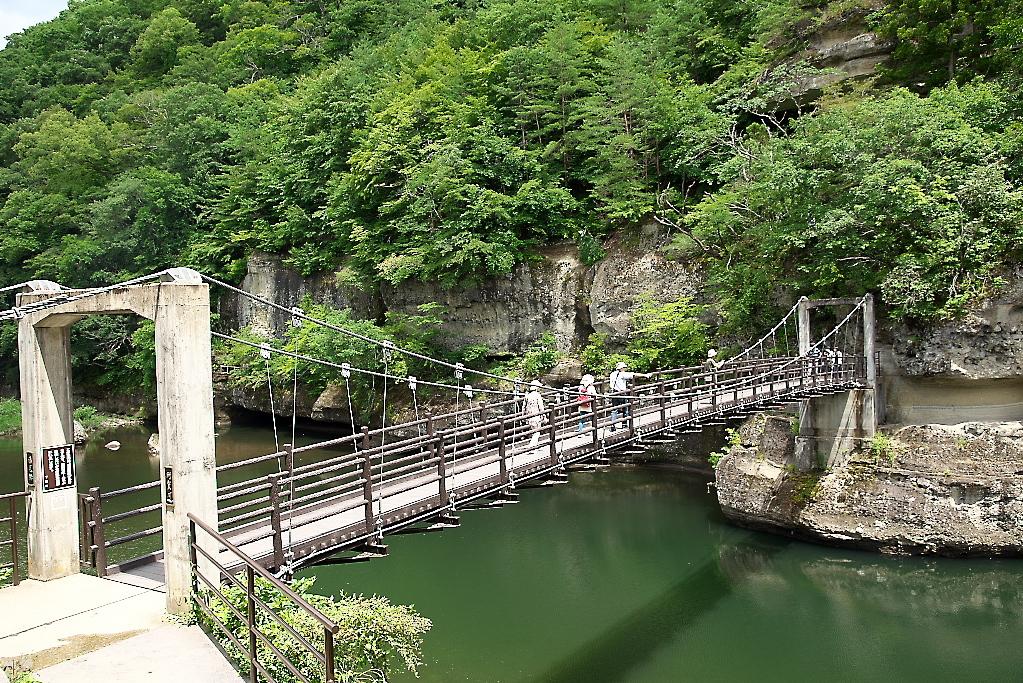 吊橋を渡り切るまで_4