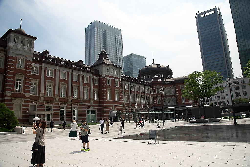 東京駅駅舎_近くから_3