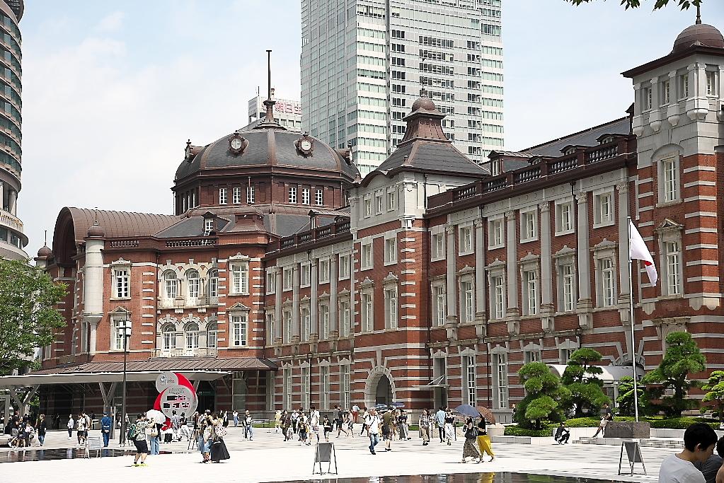 東京駅駅舎_近くから_5