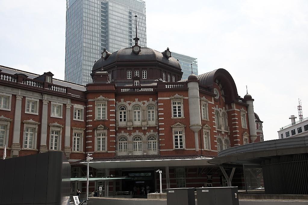 東京駅駅舎_近くから_6