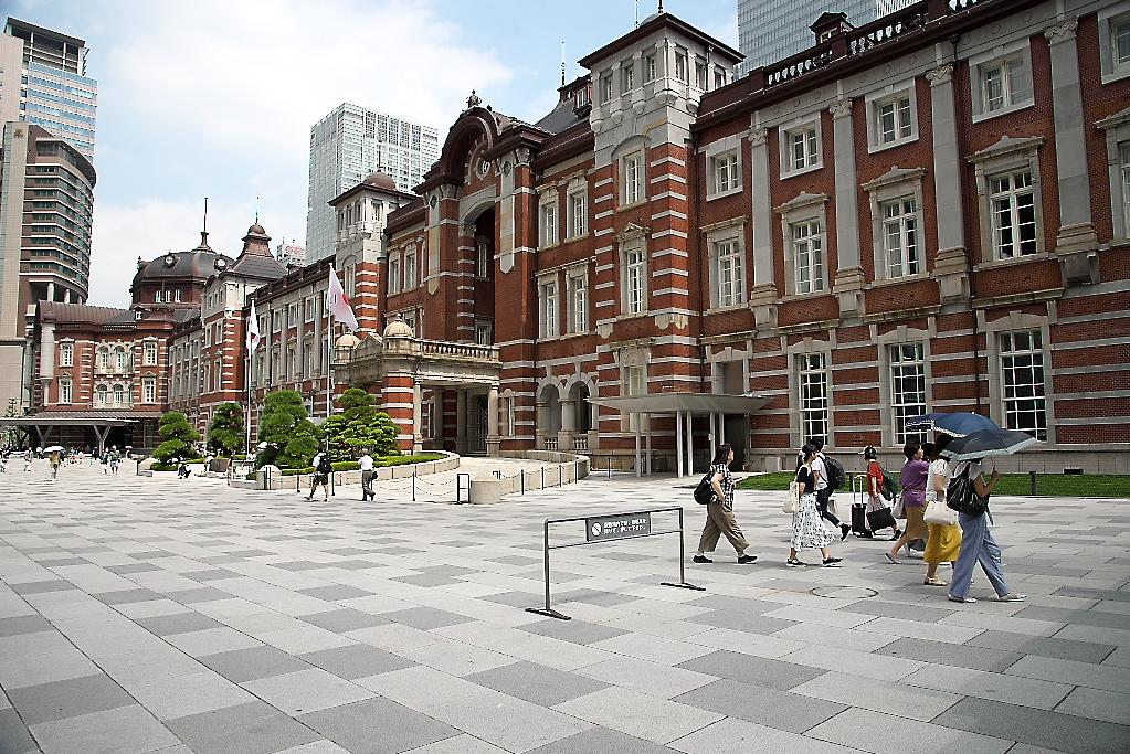 東京駅駅舎_近くから_7
