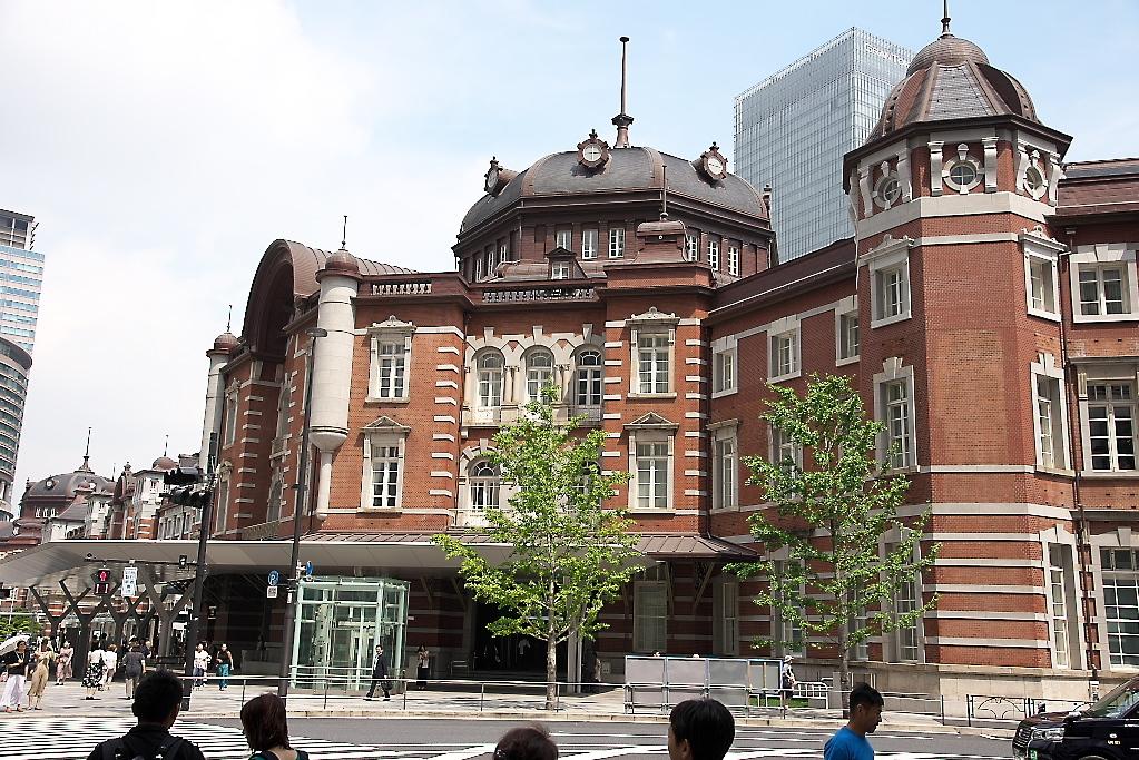 東京駅駅舎_近くから_10
