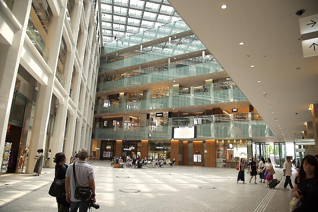 東京駅駅舎_KITTEから_6