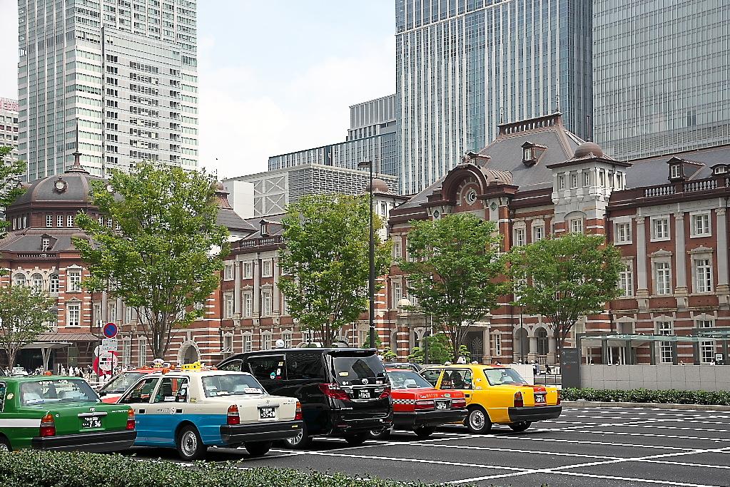 東京駅駅舎_少し離れた位置から_1