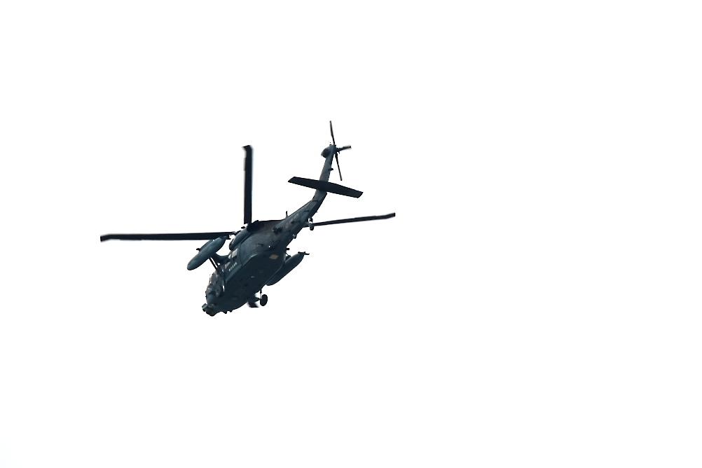 UH-60_3