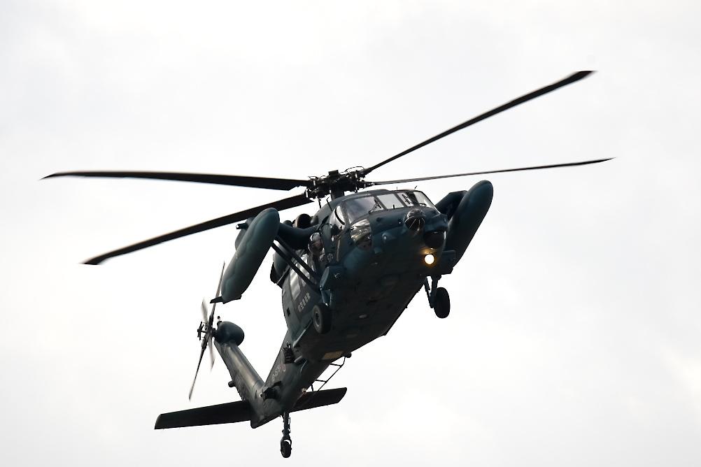 UH-60_5