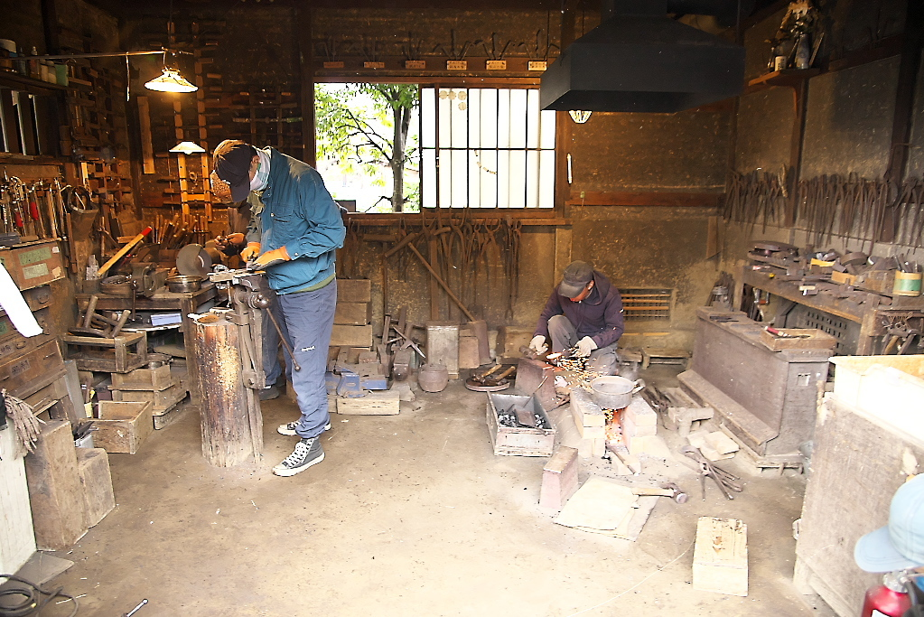 鍛冶屋の作業場_2