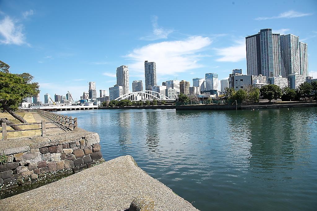 隅田川に面した水面_4