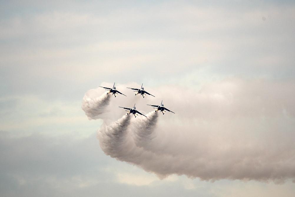 1-4番機のアクロバット飛行(その2)_1