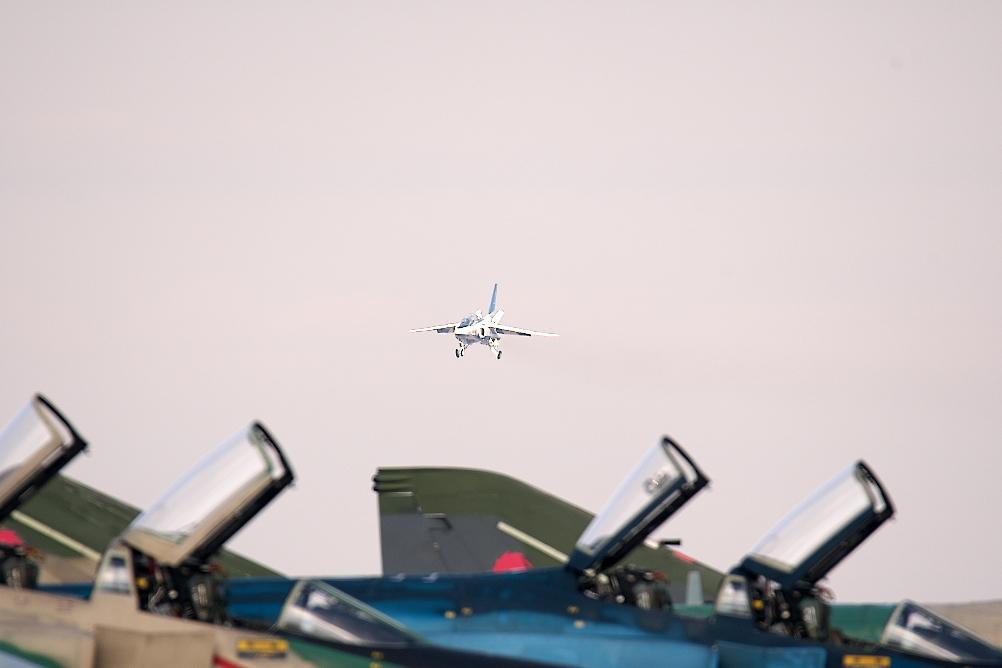 先に1-4番機が着陸態勢に入る_4