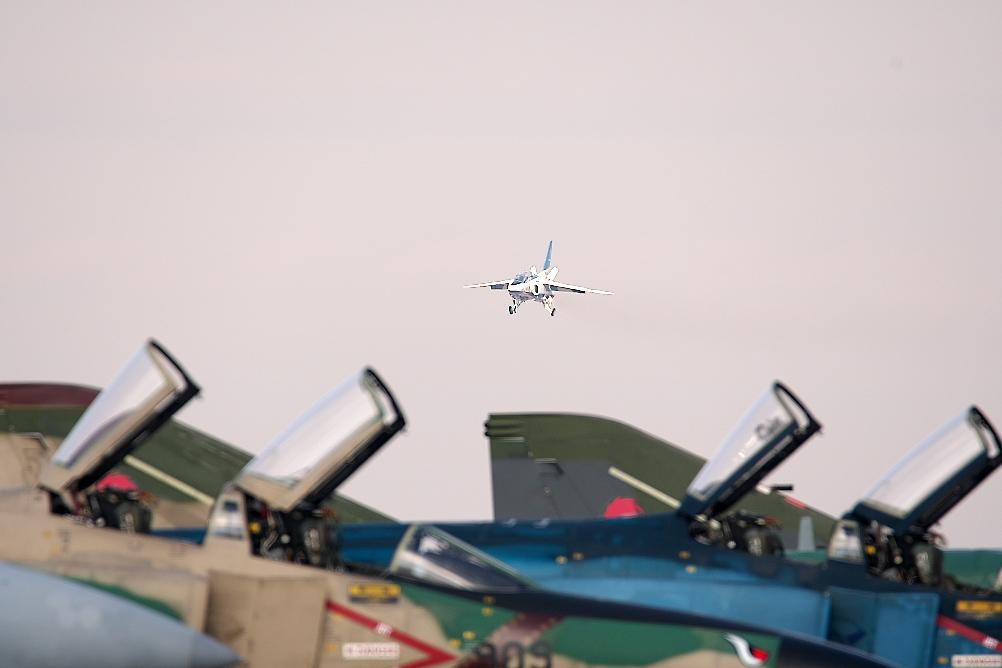先に1-4番機が着陸態勢に入る_5